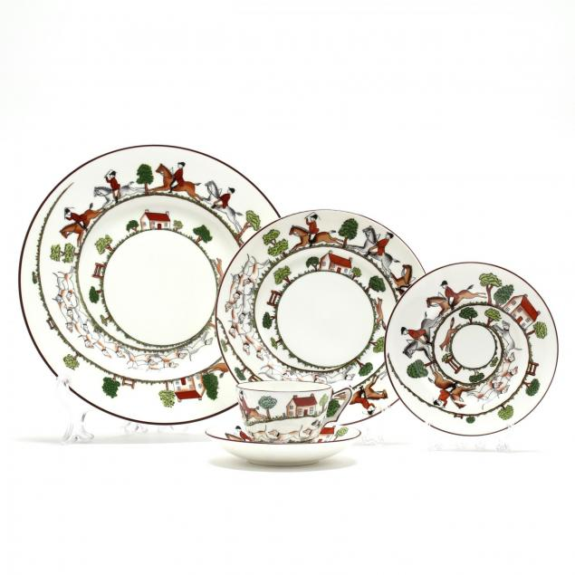 a-service-for-twelve-coalport-hunting-scene-tableware