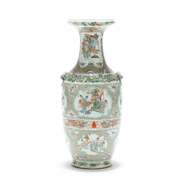 a-chinese-export-porcelain-famille-verte-vase