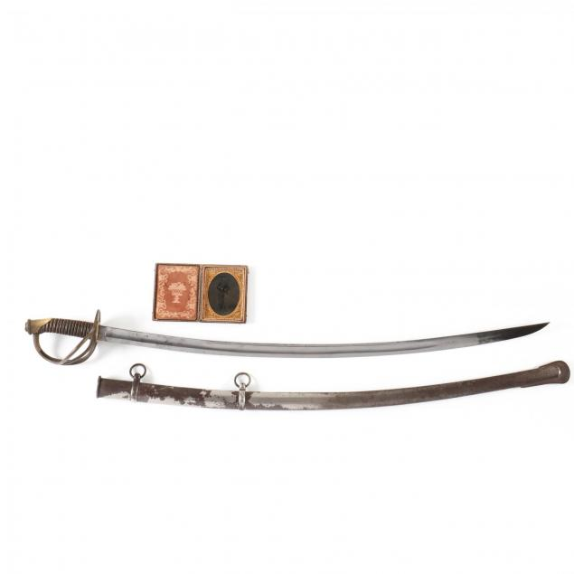 model-1840-cavalry-saber-and-unrelated-armed-union-trooper-tintype