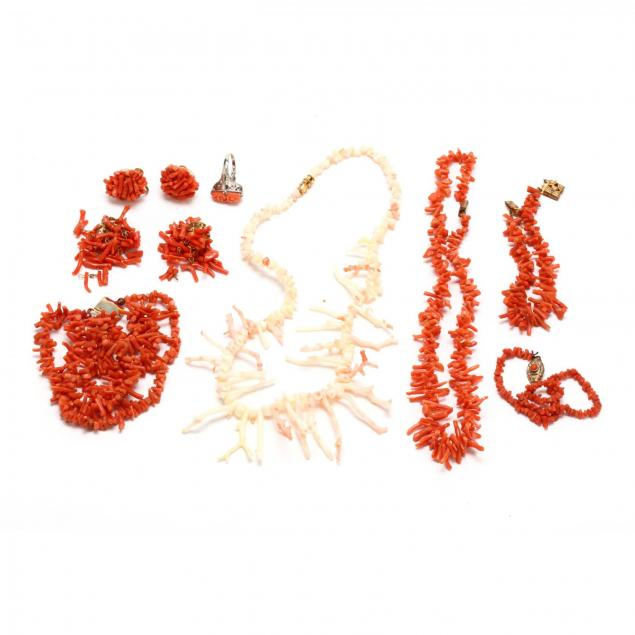 vintage-coral-grouping
