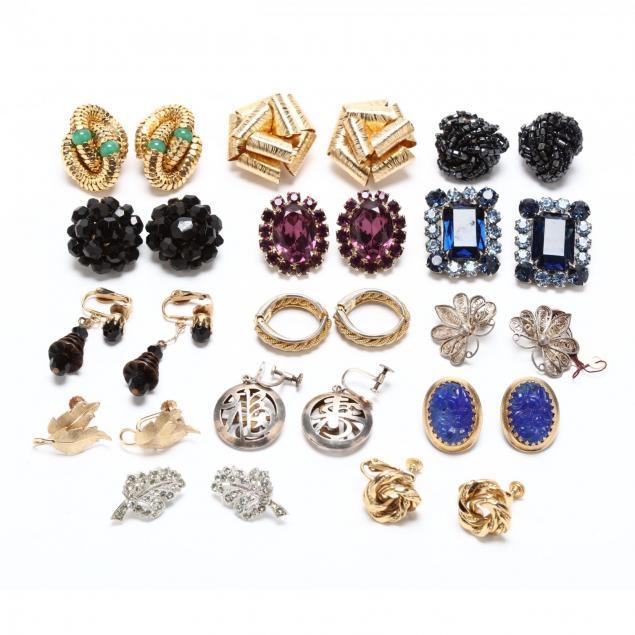 group-of-vintage-costume-earrings