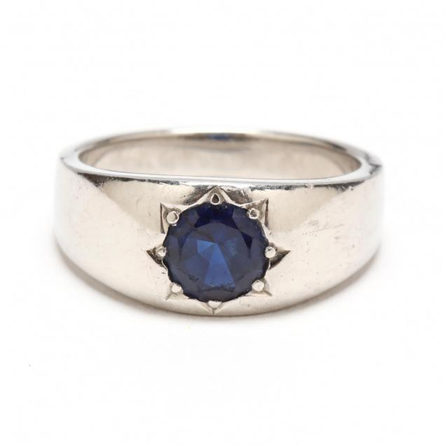 vintage-platinum-and-sapphire-ring-tiffany-co