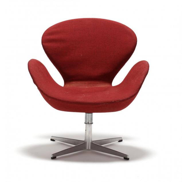 arne-jacobsen-vintage-swan-chair