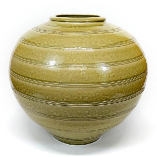 chad-brown-large-vase-orb-jar