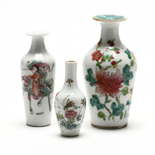 three-chinese-cabinet-vases