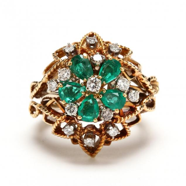 18kt-white-gold-diamond-and-emerald-ring-with-yellow-and-white-gold-diamond-wrap