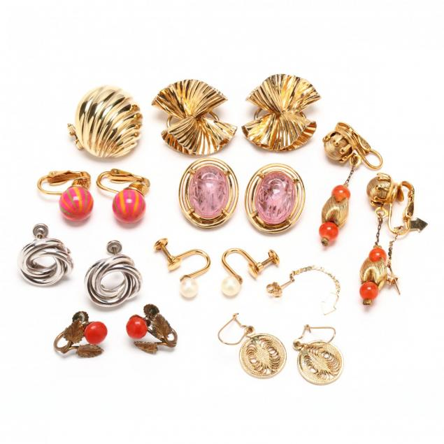 group-of-costume-silver-and-gold-earrings