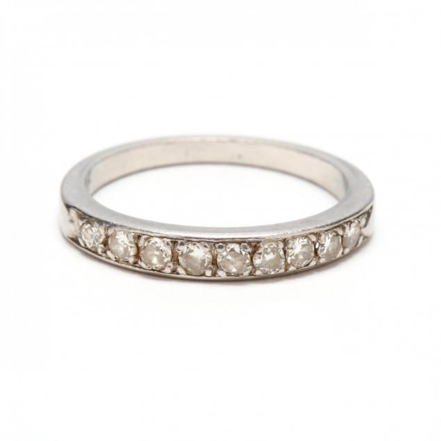 platinum-diamond-band