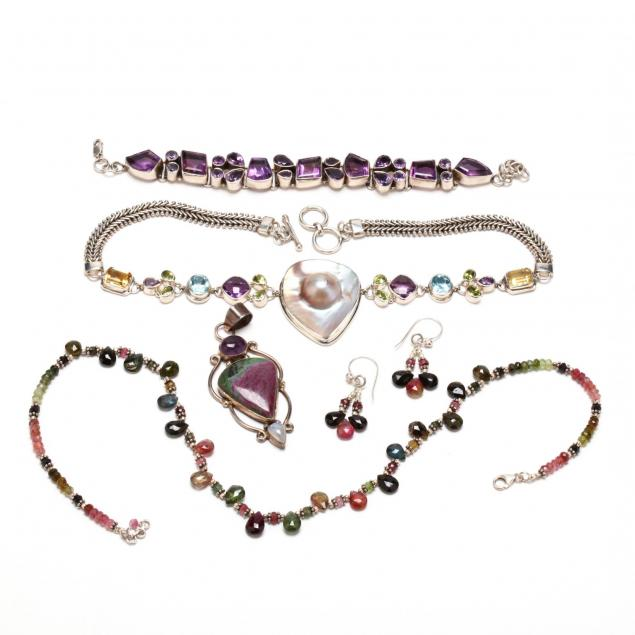 group-of-silver-and-gem-set-jewelry