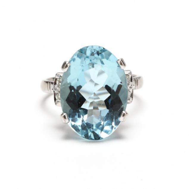 18kt-white-gold-aquamarine-and-diamond-ring