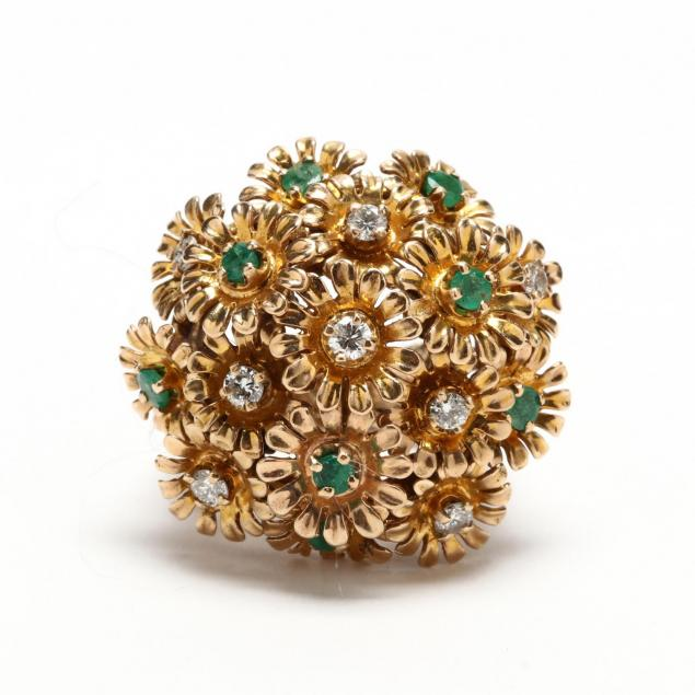 14kt-gold-emerald-and-diamond-en-tremblant-ring