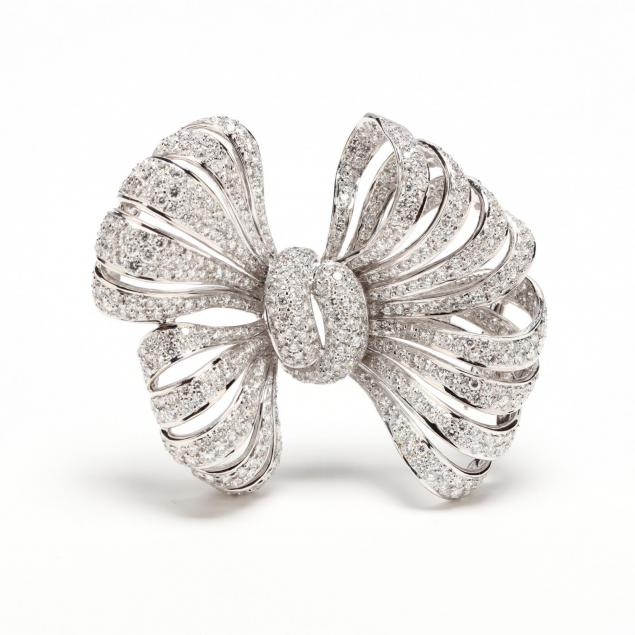 18kt-white-gold-and-diamond-clip-brooch-j-stella