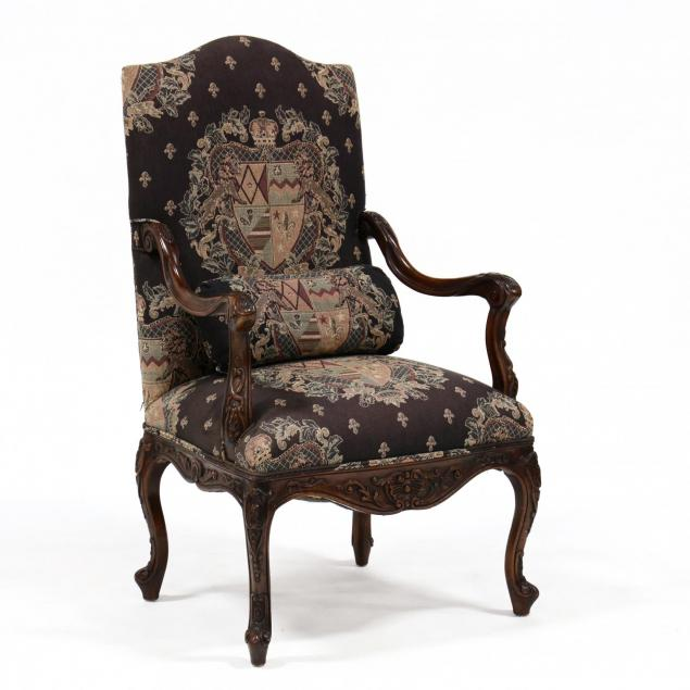 continental-carved-hall-chair