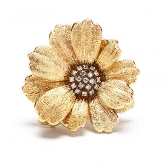 18kt-gold-and-diamond-flower-brooch