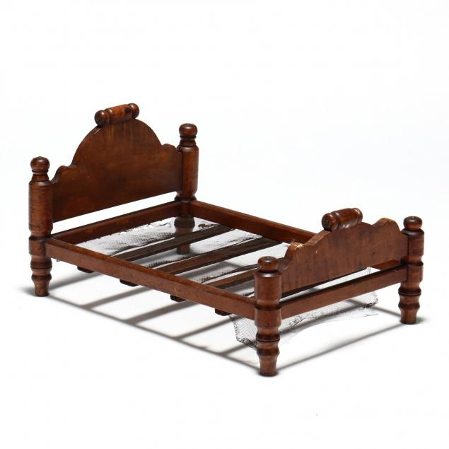 antique-folky-maple-doll-bed