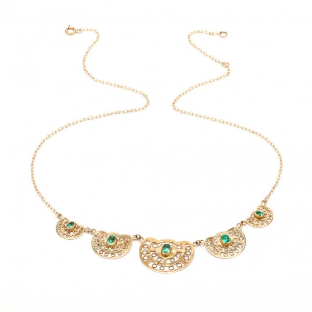 18kt-gold-and-emerald-necklace