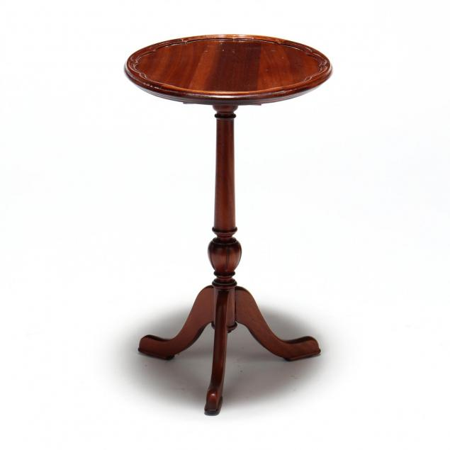 queen-anne-style-miniature-tilt-top-tea-table