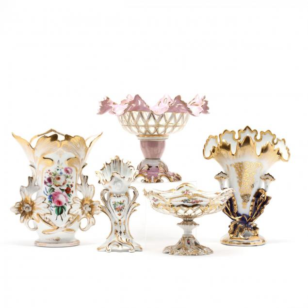five-pieces-of-gilt-decorated-paris-porcelain