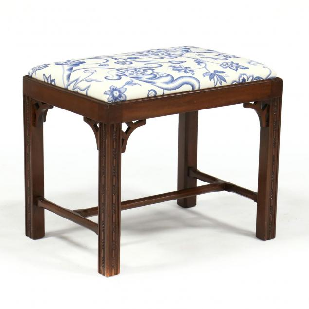 chippendale-style-mahogany-bench