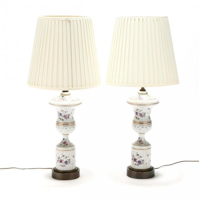 pair-of-samson-porcelain-urn-form-table-lamps
