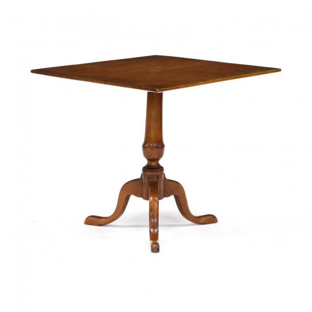 new-england-queen-anne-maple-tilt-top-tea-table