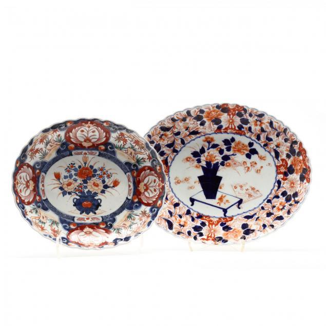 two-antique-japanese-imari-porcelain-platters