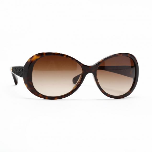 chanel-tortoise-frame-sunglasses