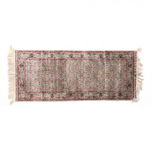 silk-tabriz-area-rug