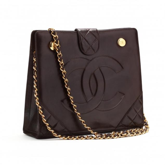 vintage-shoulder-bag-chanel