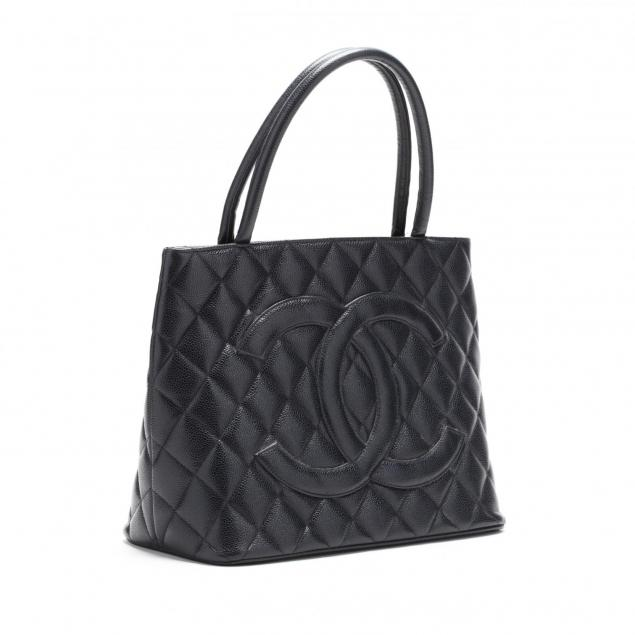 quilted-caviar-leather-logo-tote-chanel