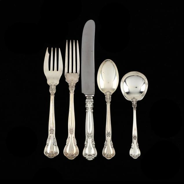 gorham-chantilly-sterling-silver-flatware-service