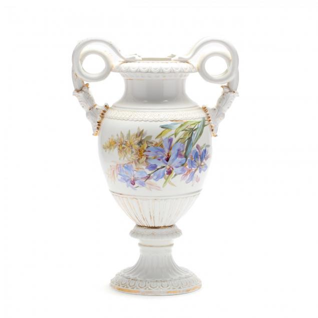 a-meissen-gilt-decorated-porcelain-vase