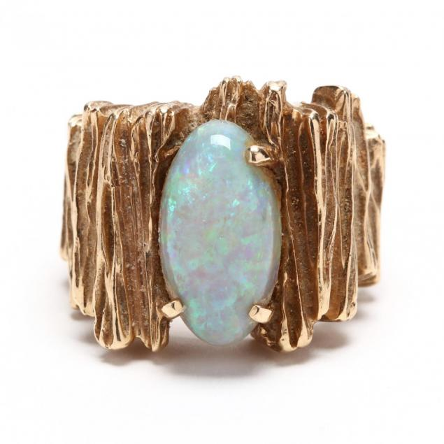 14kt-gold-and-opal-ring