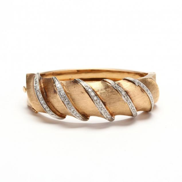 14kt-gold-and-diamond-florentine-bracelet