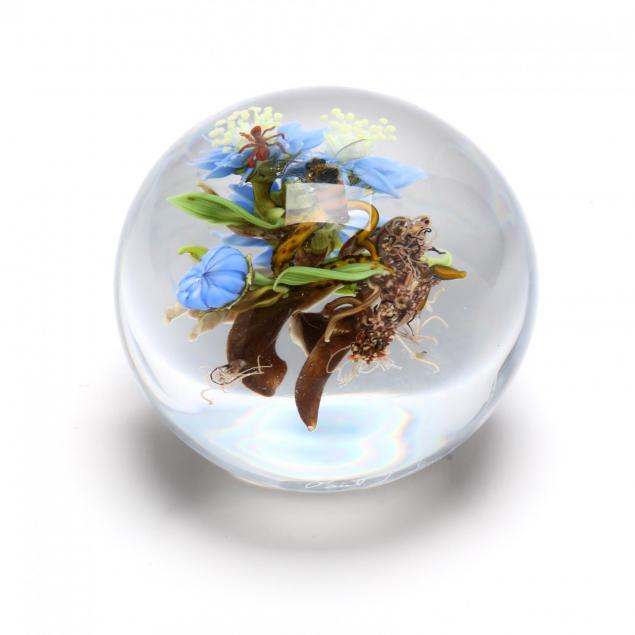 paul-stankard-ma-b-1943-art-glass-botanical-paperweight-with-insects