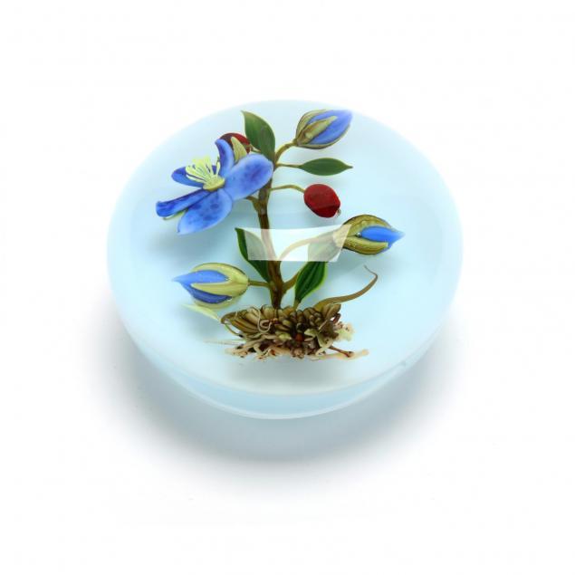 paul-stankard-ma-b-1943-art-glass-botanical-paperweight