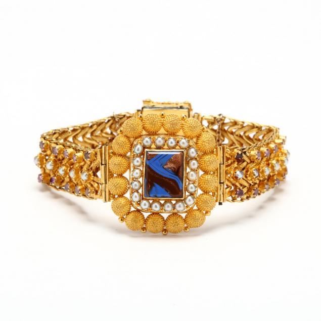 high-karat-gold-and-gem-set-bracelet
