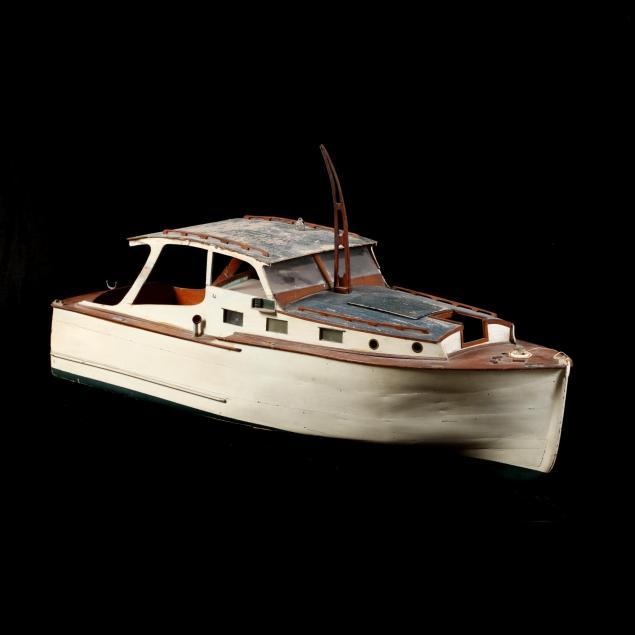 vintage-model-boat