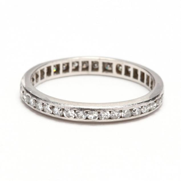 platinum-diamond-eternity-band