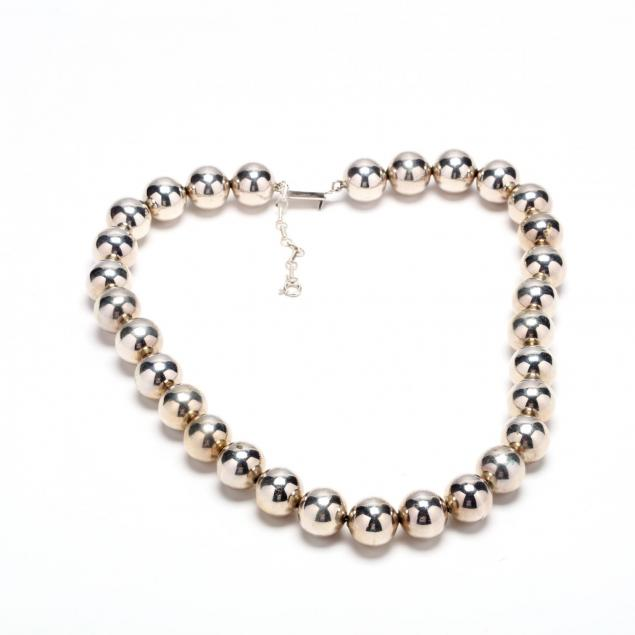 silver-beaded-necklace
