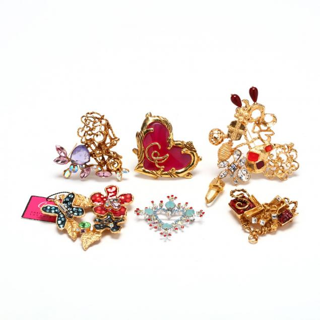 a-group-of-six-heart-brooches-christian-lacroix