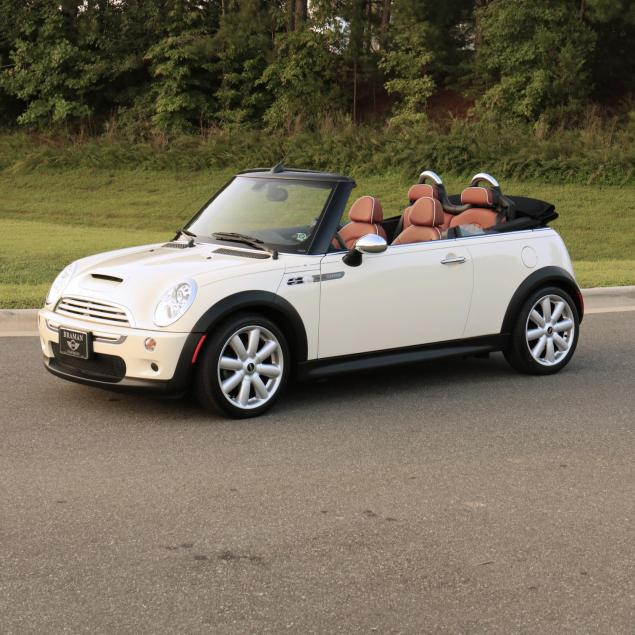 one-owner-2007-mini-cooper-s-convertible-sidewalk-edition