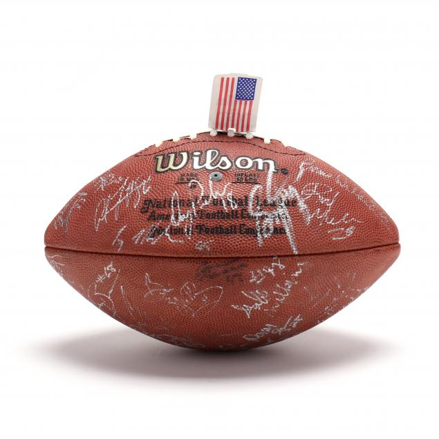 green-bay-packers-team-signed-football