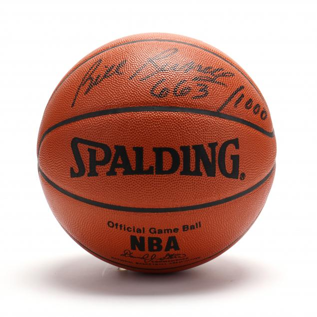 bill-russell-autographed-nba-basketball