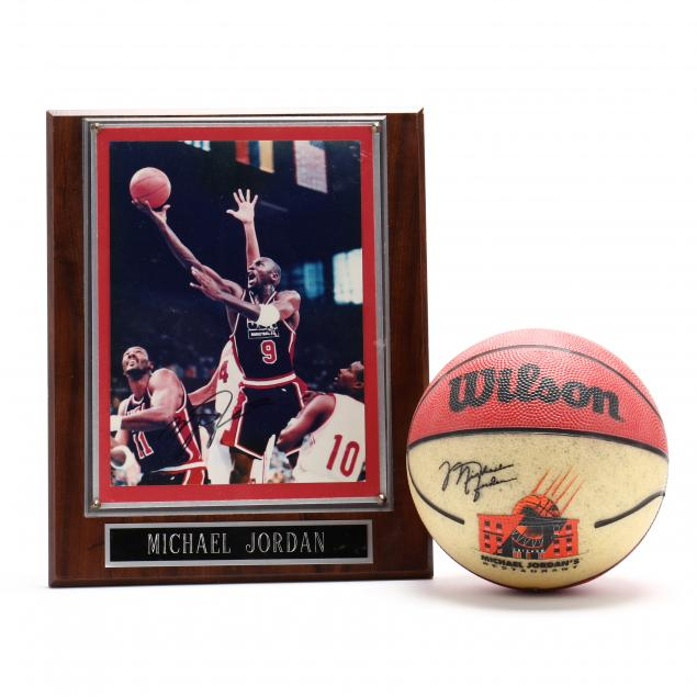michael-jordan-s-restaurant-mini-basketball-and-signed-photograph