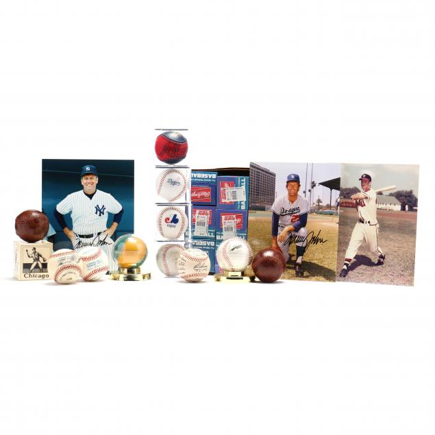baseball-collectible-grouping-with-autographed-photos