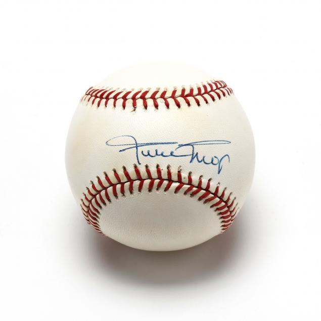 willie-mays-autographed-official-nl-baseball
