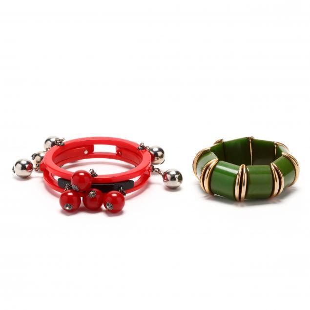 two-vintage-bakelite-bangles