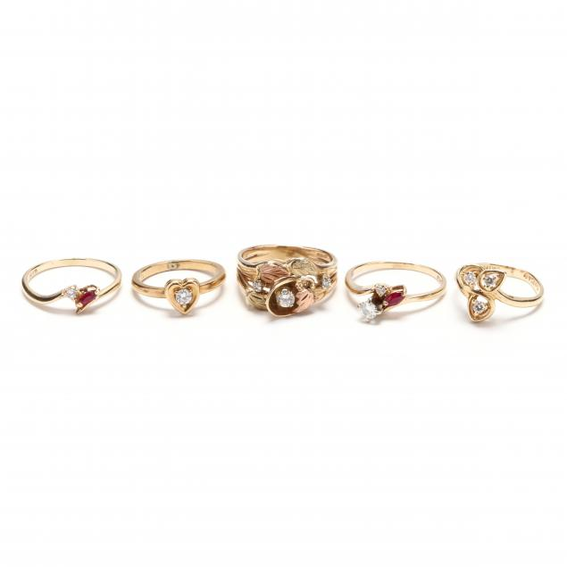 five-gold-and-diamond-rings