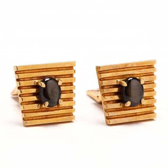 18kt-gold-black-star-sapphire-cufflinks-c-d-peacock